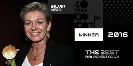 Silvia Neid foi eleita a melhor treinadora do mundo (Foto: Reprodução)