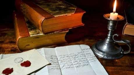 Durante séculos as pessoas leram com luz de velas