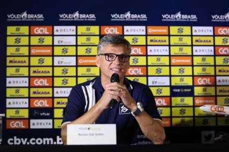 Renan Dal Zotto é o novo técnico da Seleção Brasileira masculina de vôlei (Foto: Divulgação/CBV)