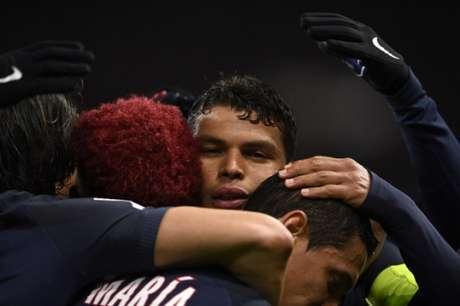 Thiago Silva foi o destaque da partida (Foto: MARTIN BUREAU / AFP)