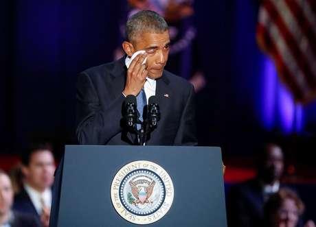 O presidente dos Estados Unidos Barack Obama se emocionou em seu discurso de despedida