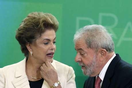 Lula e Dilma, que já respondem na Justiça por outros processos no âmbito da operação Lava Jato, foram acusados nas delações da JBS de terem facilitado à empresa o acesso a créditos multimilionários do BNDES em troca de propinas pagas desde 2005.