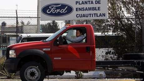 Fábrica da Ford em cidade mexicana: montadora vai usar nos EUA dinheiro que investiria no México