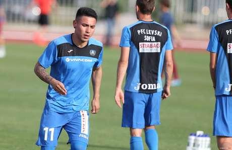 Jean Deza marcó 1 gol en 13 partidos con Levski Sofia