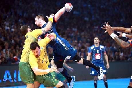 Lance de ataque da França sobre o Brasil