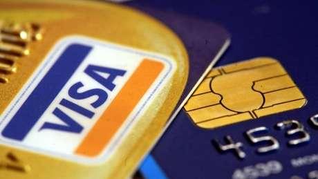 Golpes com cartão de crédito são recorrentes no Brasil; fraudes e invasão de dados serão problemas em 2017