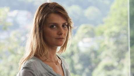 Carolina Chalita (Flávia) em Amor de 4