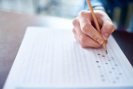 São praticamente dois meses de espera entre a realização das provas do Exame Nacional do Ensino Médio (Enem) e a divulgação do resultado