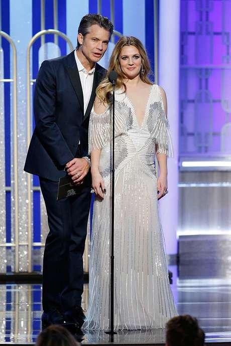 Drew Barrymore y el actor Timothy Olyphant protagonizan la serie original de Netflix 'Santa Clarita Diet'.