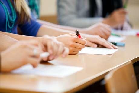 O exame é considerado o maior vestibular do país, e não é à toa.