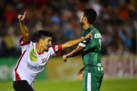 Braian, jogador do Paulista, comemora seu gol durante partida contra a Chapecoense, válida pelas quartas de final da Copa São Paulo de Juniores 2017