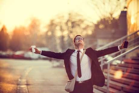 O pensamento positivo é um dos primeiros passos para obter sucesso profissional