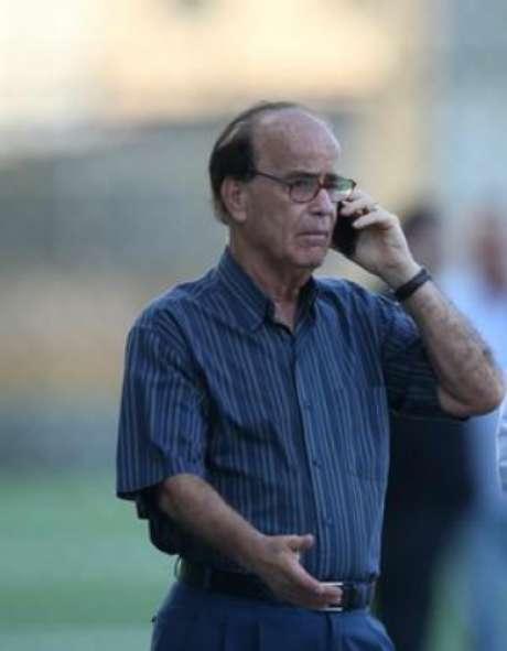 Mercado da Bola: Botafogo fecha contratação com atacante estrangeiro