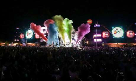 Trio-elétrico do OBA Festival tem mais de 343 mil watts de potência, em mais de 24 metros de comprimento