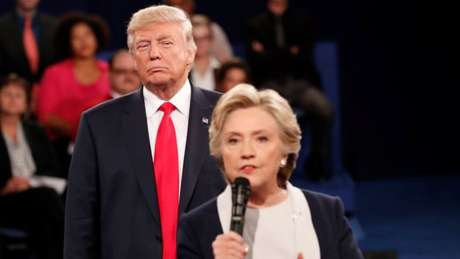 Disputa entre Trump e Hillary teve guerra de informações - e algumas falsas entraram em jogo