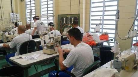 Para especialistas, o trabalho é uma das mais importantes ferramentas para a ressocialização do preso