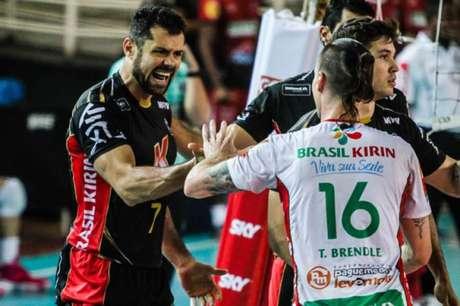 Vôlei Kirin ocupa o quarto lugar da Superliga (Foto: Bruno Miani/Inovafoto/CBV)