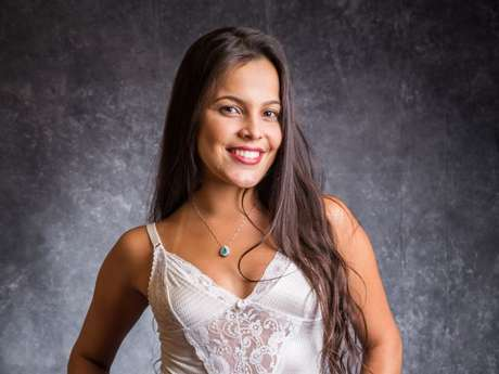 No 'BBB17', Emilly disse ter sofrido assédio sexual de ex-chefe