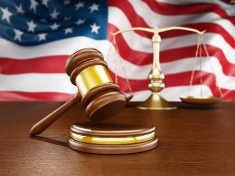 Decisão judicial na Califórnia suspende veto aos viajantes