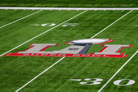 Patriots y Falcons se enfrentan en el Super Bowl LI