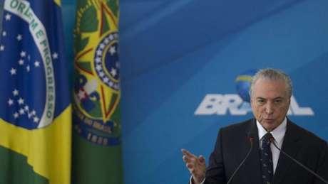 Para Justus, Temer ficará na história como o homem que colocou o Brasil nos trilhos