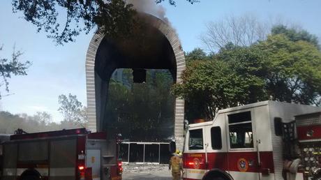 Se incendian instalaciones de Planetario Alfa