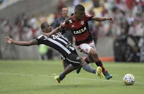 Adepto morto a tiro antes do Botafogo-Flamengo — Brasil