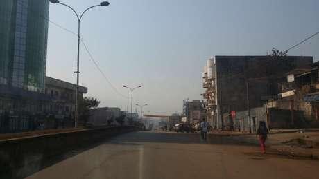 A cidade de Bamenda está sem internet desde o começo do ano por causa de uma disputa entre a população de língua inglesa e o governo central de Camarões, que adota o francês.