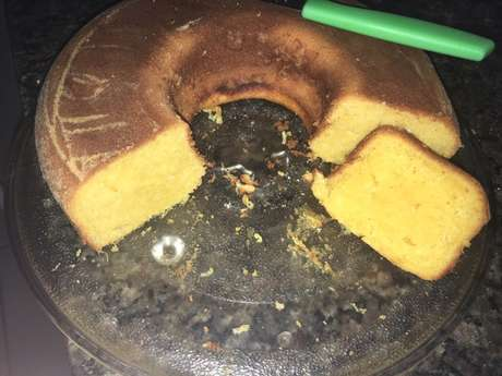 Receita de Bolo de milho verde com coco ralado. Enviada por Lauane Santana e demora apenas 50 minutos.