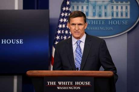 Michael Flynn renunciou ao cargo de assessor de segurança nacional do presidente dos Estados Unidos.