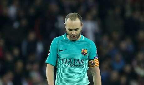 Iniesta foi facilmente anulado pela marcação do PSG