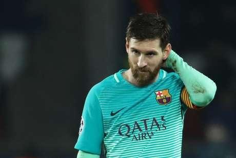 Nem Messi salvou o Barcelona da humilhação em Paris
