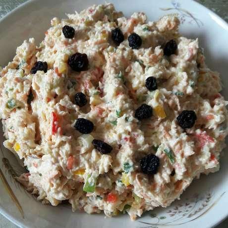 Receita de Salpicão delicioso. Enviada por Geniselma Rodrigues e demora apenas 20 minutos.