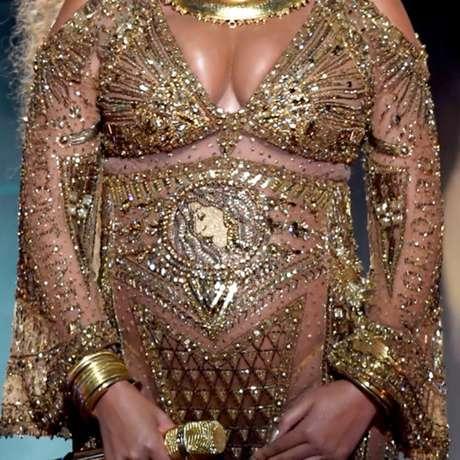 El detalle en el vestido de Beyoncé en los Grammy que nadie -o pocos- había notado.