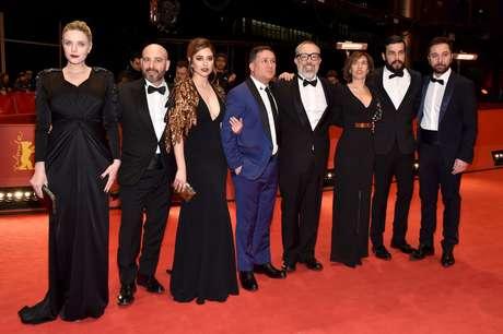 El elenco de la película 'El bar'