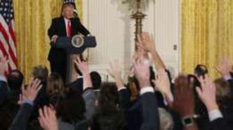 Trump respondeu perguntas de jornalistas durante aproximamente 1h15