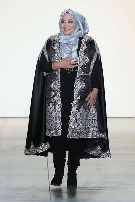La diseñadora Anniesa Hasibuan