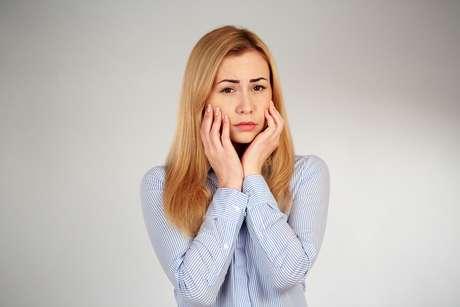 A perda óssea e desgaste dos ligamentos podem ser a razão para o início da disfunção da articulação temporomandibular.