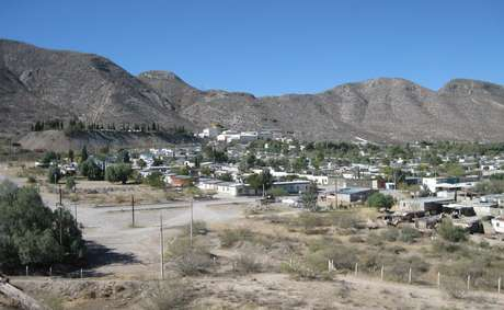 As cavernas estão localizadas sob montanhas mexicanas