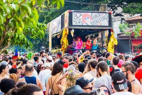 O Bloco Ritaleena, que homenageia a cantora Rita Lee, é uma das atrações do evento