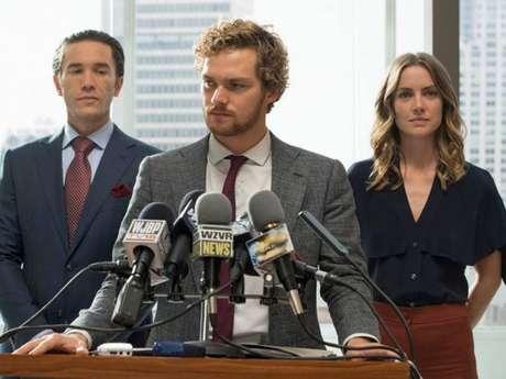 "Netflix libera novo vídeo sobre ""Punho de Ferro"""