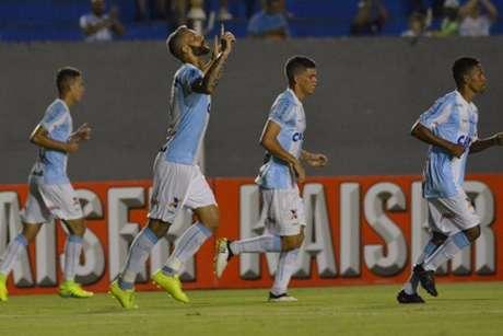 Paulo Rangel marcou dois e foi o nome do jogo. (Divulgação/LEC)