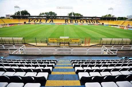 O estádio Raulino de Oliveira, em Volta Redonda (RJ), será o palco do clássico Flamengo x Vasco pela semifinal da Taça Guanabara