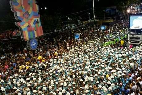 Carnaval de Salvador homenageia 100 anos do samba, no Circuito Campo Grande