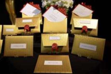 Apesar dos envelopes, Ruiz e Cullinan memorizam nome dos vencedores nas 24 categorias