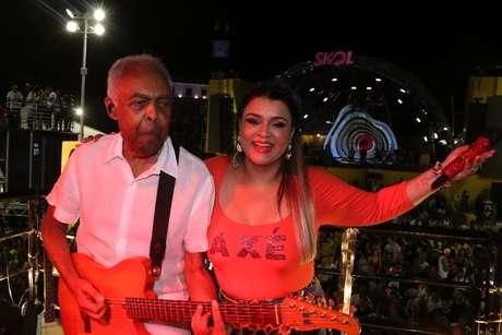 Gilberto e Preta Gil durante apresentação no Camarote da família