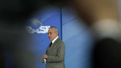 A pesquisa afirma que o presidente Michel Temer tem-se tornado cada vez mais impopular: há um ano, 61% dos entrevistados o reprovavam, agora são 78%
