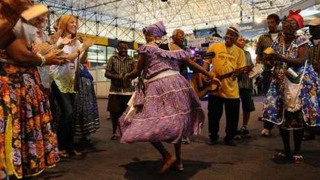O samba na Bahia tem mais influência das religiões de matriz africana do que o tocado no Rio de Janeiro, segundo especialistas