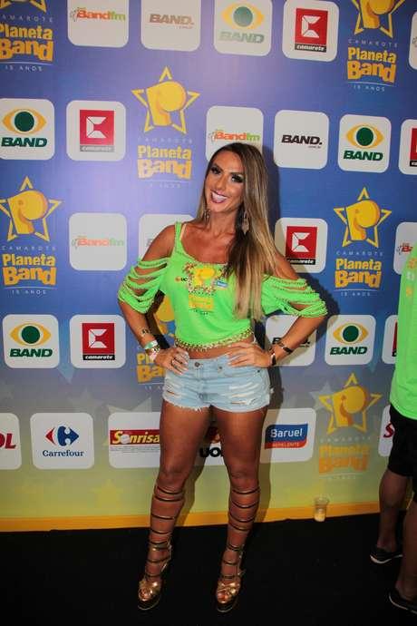 Nicole Bahls curte o Carnaval em Salvador