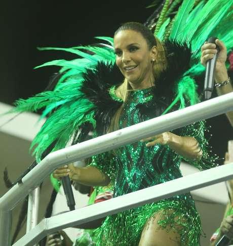 Ivete Sangalo promete levantar a avenida no desfile da Grande Rio
